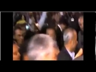 Iranian President Mahmoud Ahmadinejad hit with a shoes/President of iran hit shoes Egypt