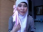 hijab tutorial segi empat #3- Cara pakai Jilbab modis oleh Rania.FLV